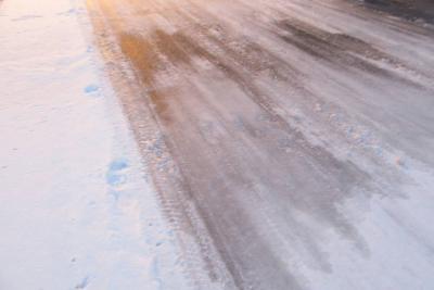 路面凍結.jpg